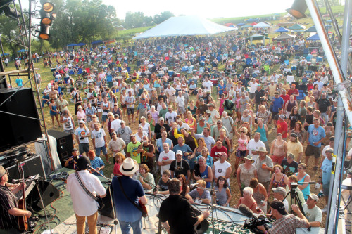 BRIGGS FARM BLUES FESTIVAL: 'A LOT OF HAPPY PEOPLE'
