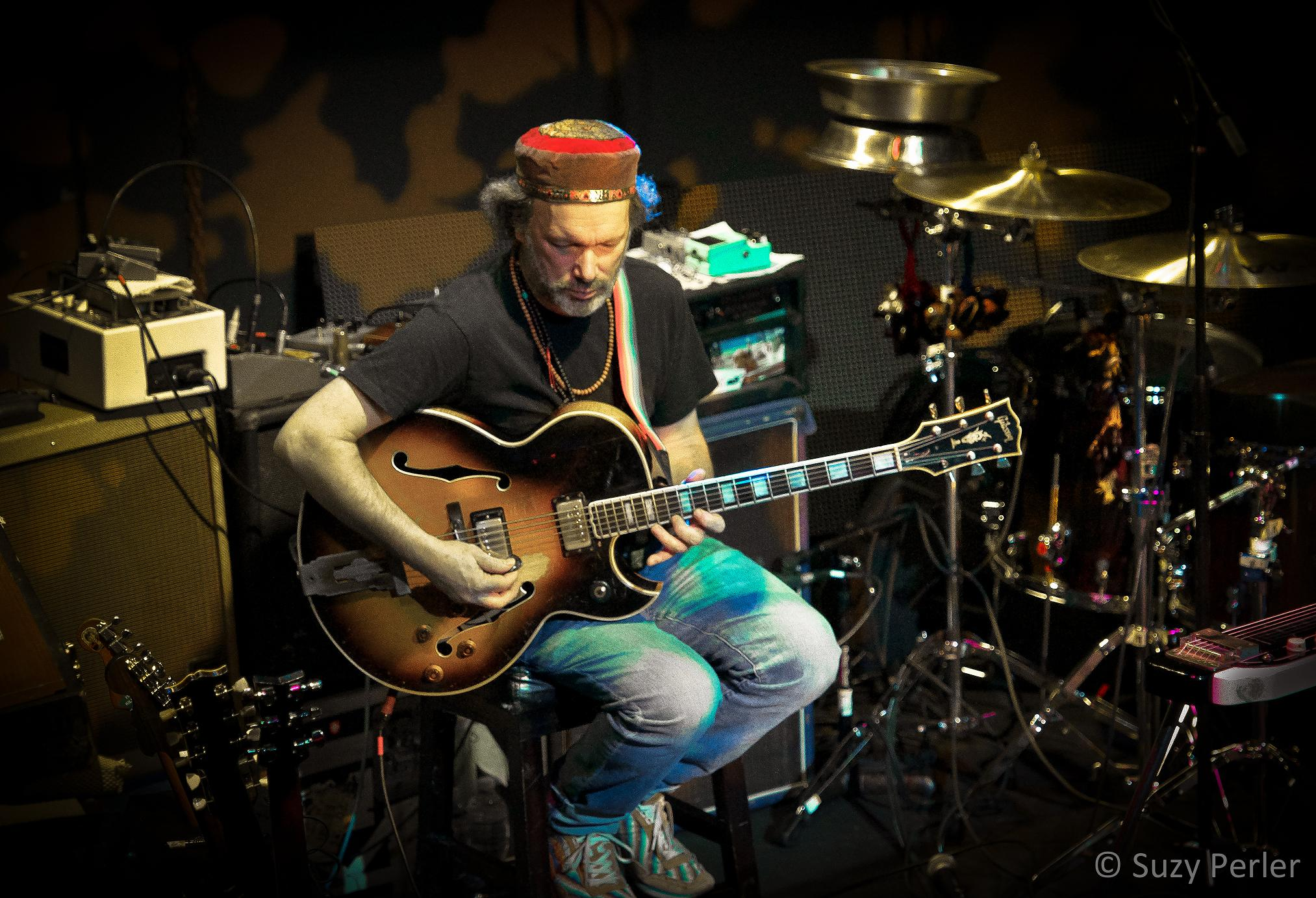 THE MANY SIDES OF STEVE KIMOCK