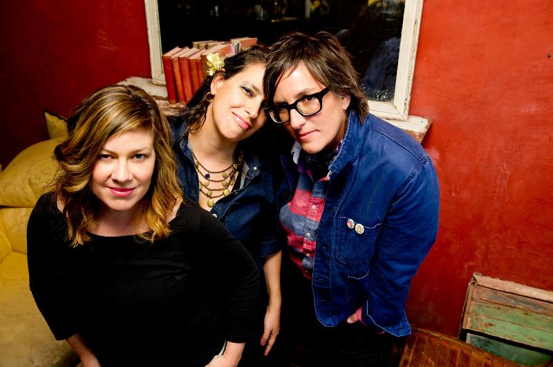 NEW LUSCIOUS JACKSON SONG; ALBUM IN NOVEMBER