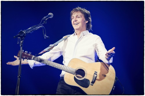 "NEW MCCARTNEY VIDEO:  ""QUEENIE EYE"""