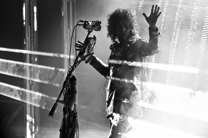 THE FLAMING LIPS' FAR-OUT FESTIVAL PIER TRIP