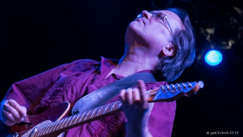 VIOLENT FEMMES:  A NIGHT OF ENERGETIC AMERICAN MUSIC