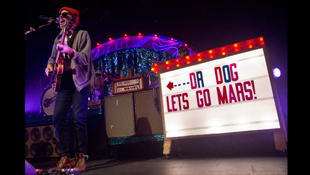 "DR. DOG'S ""B-ROOM"" SHOW EARNS AN ""A"" AT TERMINAL 5"