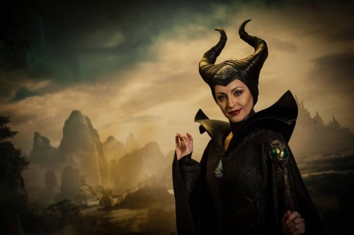 "JOLIE'S STRONG PERFORMANCE FAILS TO PROP UP ""MALEFICENT"""