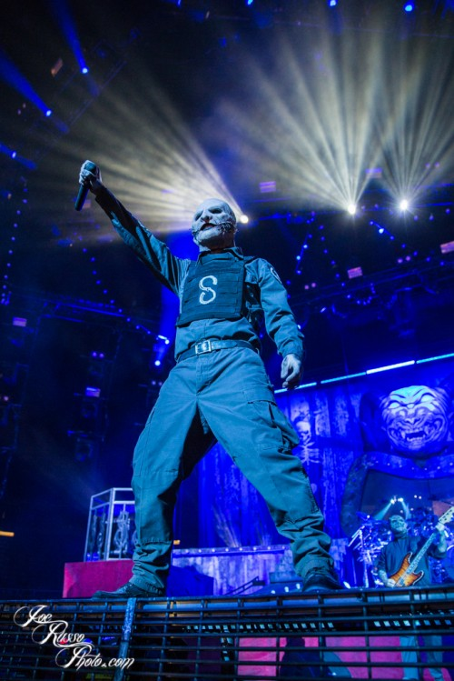 SLIPKNOT 'PREPARES FOR HELL' AT IZOD CENTER