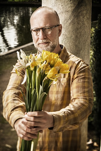 BOB MOULD BOOKS SOLO ELECTRIC TOUR, CITY WINERY IN SEPTEMBER