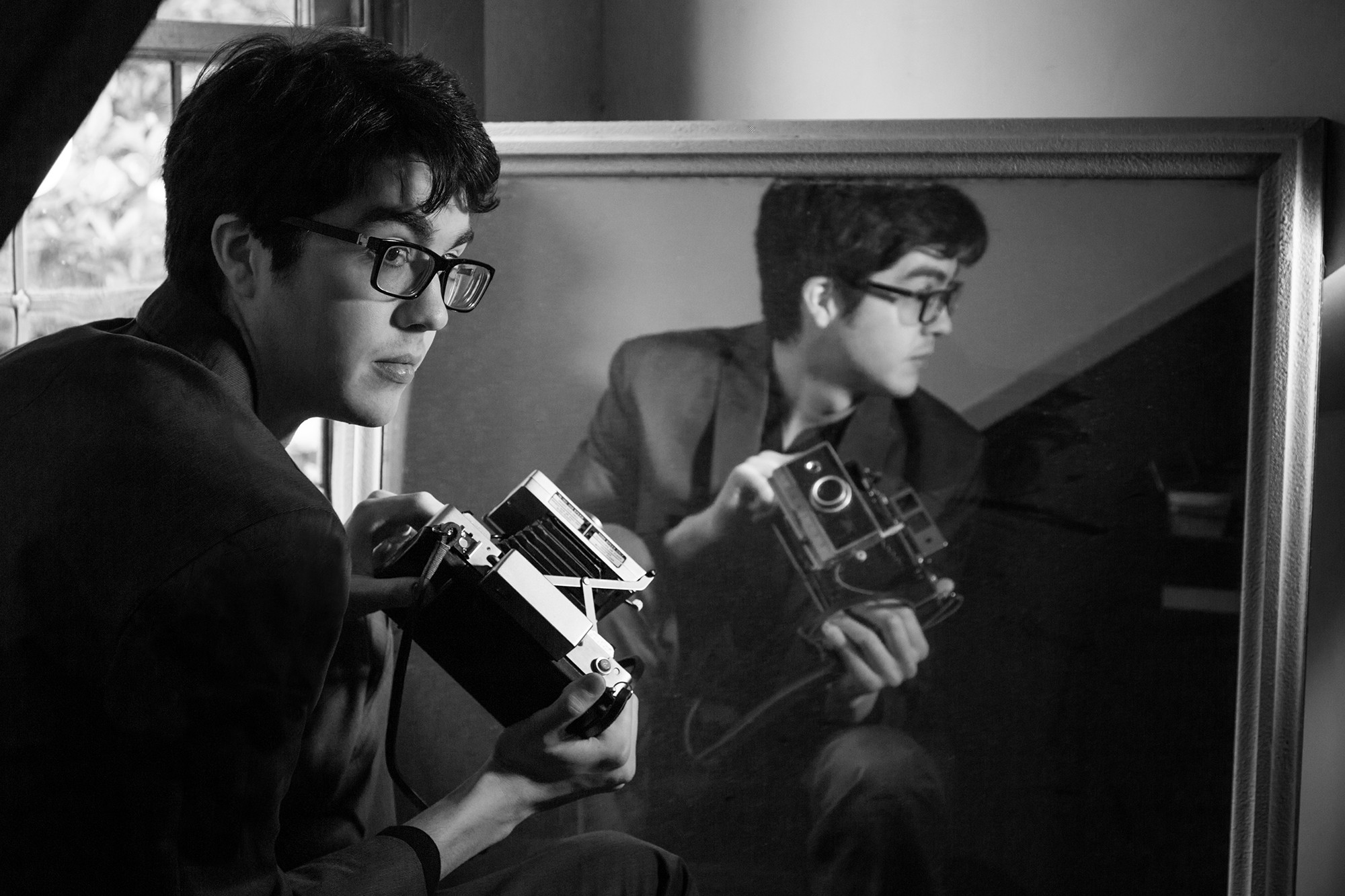 CAR SEAT HEADREST PERFORMS ON COLBERT SHOW (VIDEO)