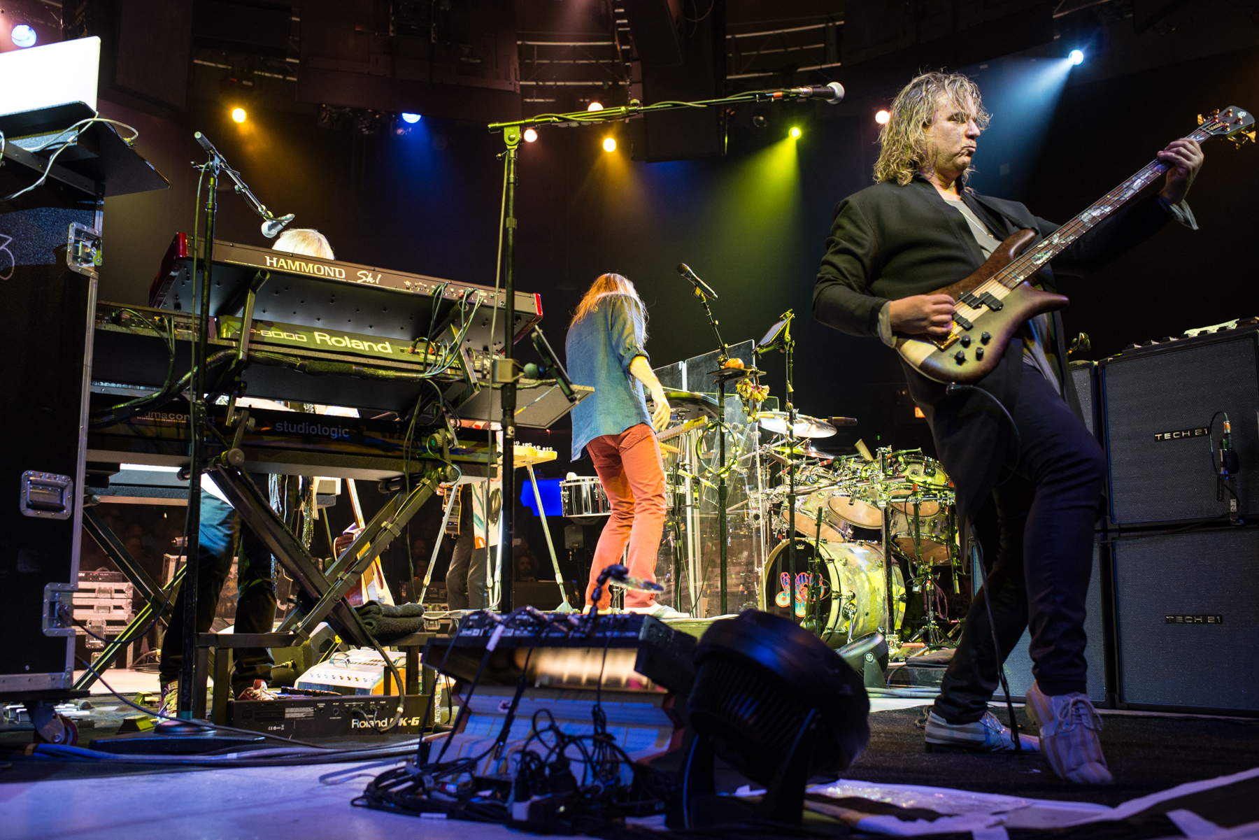 YES REVISITS 'DRAMA' & 'TALES FROM TOPOGRAPHIC OCEANS' IN STUNNING, INTIMATE LONG ISLAND SHOW