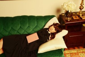 NICOLE ATKINS GOES TO NEPTUNE AND BACK ON 'GOODNIGHT RHONDA LEE'