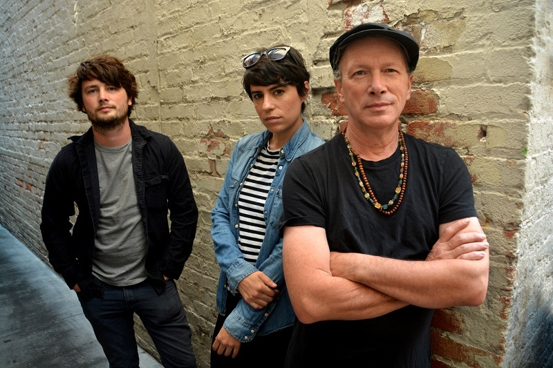 STEVE KIMOCK ON FINDING THE SOUNDS OF 'SATELLITE CITY' AND WORKING WITH LESLIE MENDELSON AND THE NATIONAL
