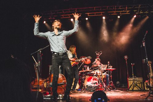 WOOD BROTHERS BRING FALL TOUR TO SHERMAN THEATER
