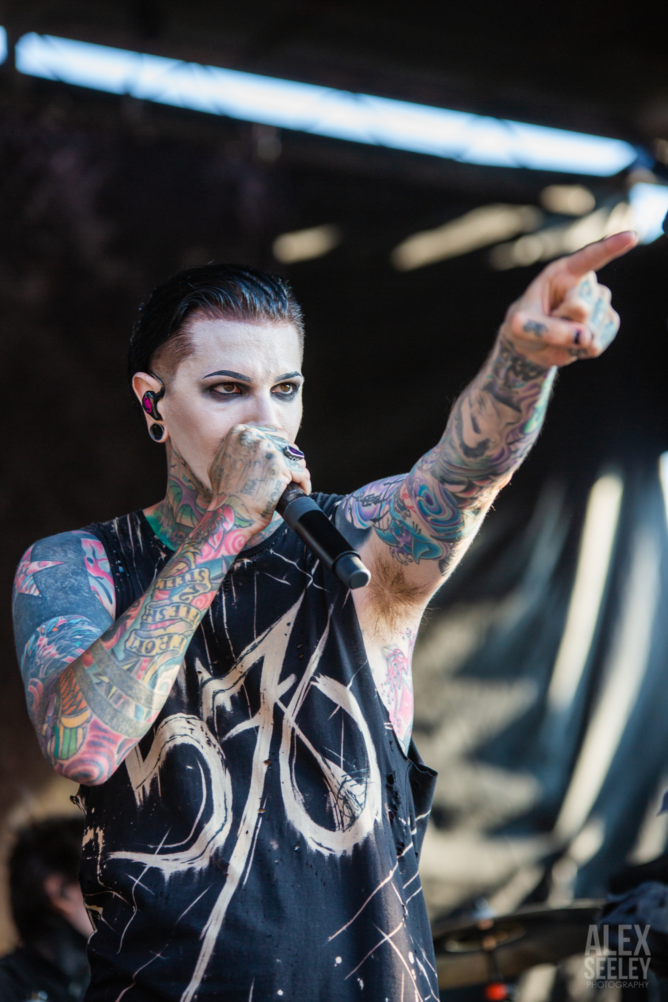 VANS WARPED TOUR FAREWELL: MOTIONLESS IN WHITE, FRANK TURNER AND MORE
