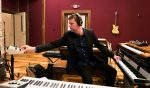 ROBERT WALTER EXPLORES OUTER SPACE ON NEW ALBUM AND WITH PHISH'S MIKE GORDON