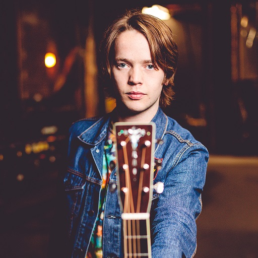 BILLY STRINGS TALKS PLAYING IN A CAVE, JAMMING WITH CABINET AND HIS LOVE FOR METAL