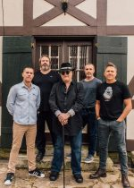 BLUES TRAVELER LOOKS BACK ON 'FOUR'